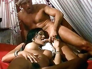 Antique Scene - Aladdin With Tabatha Cash