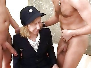 Matures Lady In Retro Uniform Elations Old-school Hard-core...