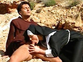 Acute Nuns